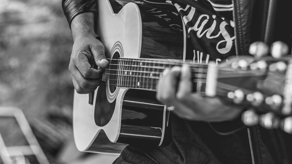 conheça os cantores gospel do momento