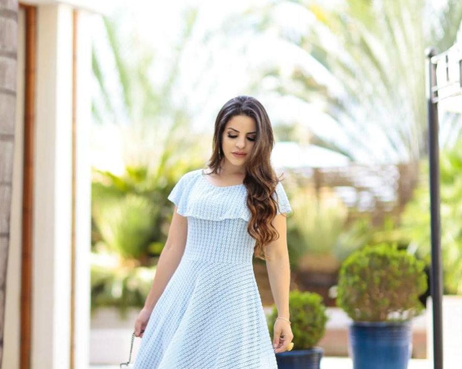 5 Opções Belíssimas de Vestidos Para o Culto